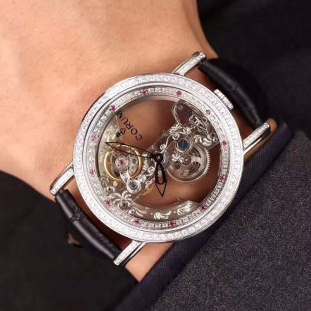 Corum 腕時計の通販