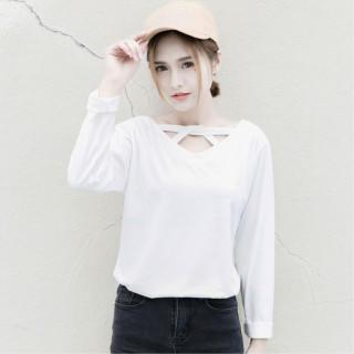 【ホワイト】レディース カットソー 胸クロス 無地 春物 トップス(Tシャツ(長袖/七分))