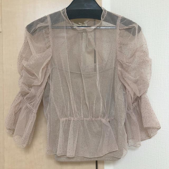 snidel(スナイデル)のSNIDEL ドットチュールブラウス レディースのトップス(シャツ/ブラウス(半袖/袖なし))の商品写真