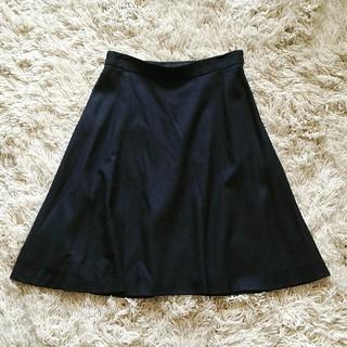 アンタイトル(UNTITLED)のUNTITLED 黒フレアスカート(ひざ丈スカート)