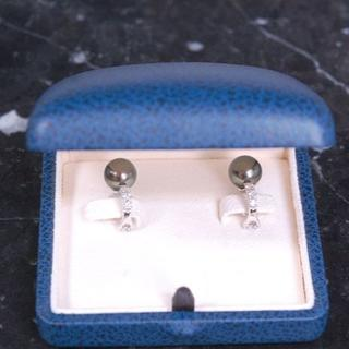 ミキモト(MIKIMOTO)のミキモト ブラック パール 真珠 ダイヤモンド K18 WG イヤリング(イヤリング)