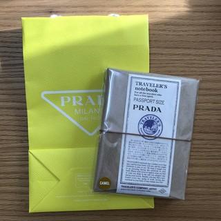 プラダ(PRADA)のトラベラーズノート x プラダ/ PRADA パスポートサイズ(ノート/メモ帳/ふせん)