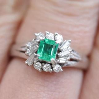 トクトクジュエリー エメラルド E0.37 ダイヤモンド プラチナ リング