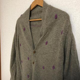 フォーティーファイブアールピーエム(45rpm)の美品 パラスパレス 刺繍のドットカーデ(カーディガン)