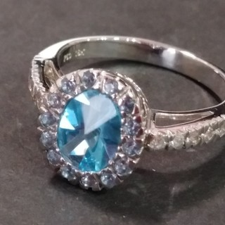 お客様専用最終お値下げ750 18K 刻印あり ブルートパーズダイヤリング (リング(指輪))