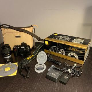 Nikon - デジタル一眼レフNICON D40X