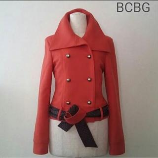 ビーシービージーマックスアズリア(BCBGMAXAZRIA)のコート bcbg ジャケット オレンジ(ピーコート)