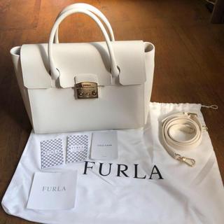 フルラ(Furla)の7万新品未使用FURLA白いショルダーバッグ(ショルダーバッグ)