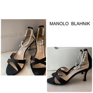 MANOLO BLAHNIK - マノロブラニク ブラックサテン サンダル