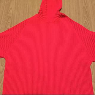 ケービーエフ(KBF)の赤色 オーバーニット(ニット/セーター)