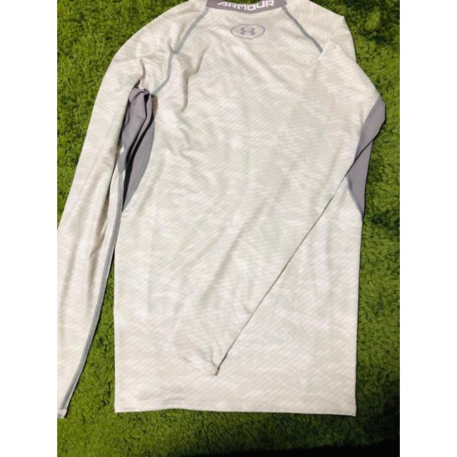 UNDER ARMOUR(アンダーアーマー)のアンダーシャツ スポーツ/アウトドアの野球(ウェア)の商品写真