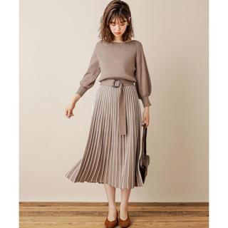 natural couture - タグ付き新品未使用  ♡ ナチュラルクチュール ♡ 配色ニットプリーツワンピース