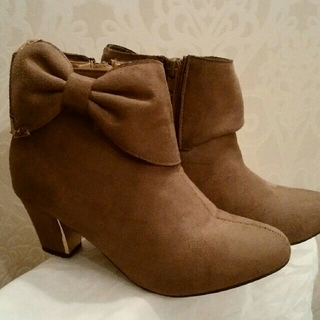 美品 ショートブーツ Mサイズ ブーツ23,5センチ ブーツ23センチ(ブーツ)