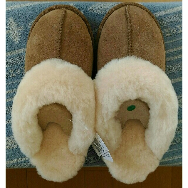 UGG(アグ)のカークランド ムートンスリッパ コケット サンダル レディースの靴/シューズ(サンダル)の商品写真