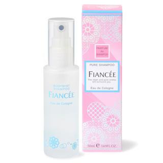 フィアンセ(FIANCEE)のFIANCÉE フィアンセ ボディミスト ピュアシャンプーの香り(香水(女性用))