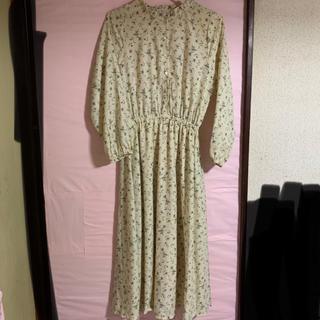 ショコラフィネローブ(chocol raffine robe)の花柄 ワンピース ベージュ(ロングワンピース/マキシワンピース)