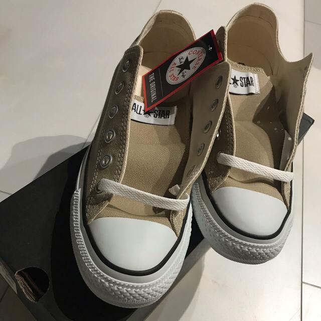 CONVERSE(コンバース)のコンバース スニーカー ベージュ 新品 レディースの靴/シューズ(スニーカー)の商品写真