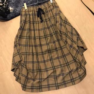 ヴィヴィアンウエストウッド(Vivienne Westwood)のVivienne  Westwood 新品未使用 ヘリンボンチェック スカート(ロングスカート)