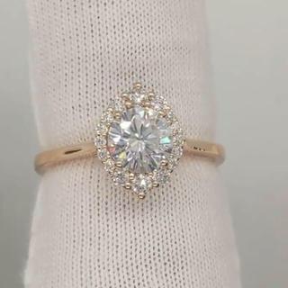 【newデザイン】輝くモアサナイト ダイヤモンド リング