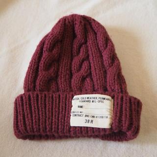 ウィゴー(WEGO)のニット帽 赤(ニット帽/ビーニー)