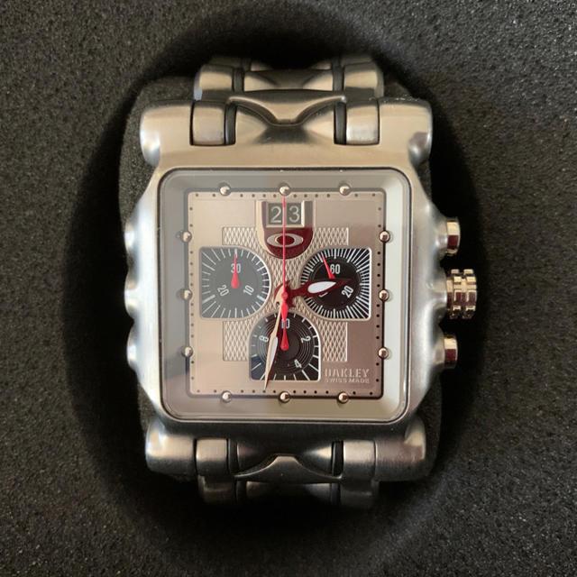 Oakley - オークリー 腕時計 ミニッツマシーン 10-194 シルバーダイヤルの通販