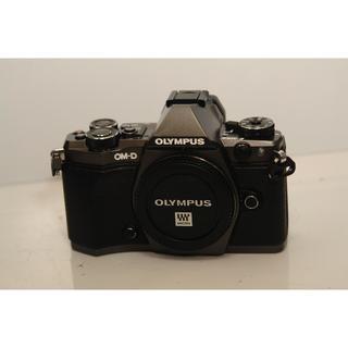 オリンパス(OLYMPUS)のOM-D E-M5 Mark II Limited Edition 中古(ミラーレス一眼)