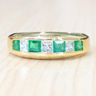 ✨レール留め✨エメラルド❣️ダイヤモンド ダイヤ K18 18金 リング 指輪(リング(指輪))
