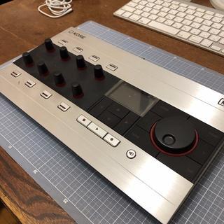 Native Instruments KORE2 コントローラ(MIDIコントローラー)