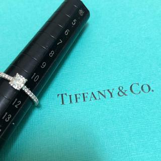 ティファニー(Tiffany & Co.)のティファニー ノヴォ クッションカット ダイヤ リング 0.52ct(リング(指輪))