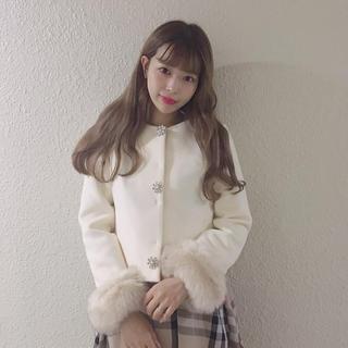 エブリン(evelyn)の♡AnMILLE ショートビジューコート♡(ノーカラージャケット)