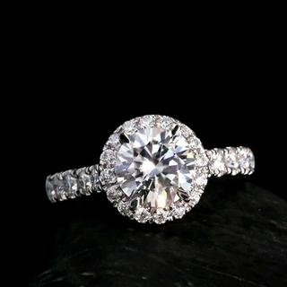 ティファニー(Tiffany & Co.)の最高級モアッサナイト1ctヘイローリング(リング(指輪))