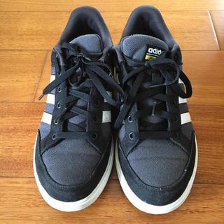 アディダス(adidas)のadidasのスニーカー(スニーカー)