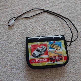 タカラトミー(Takara Tomy)の未使用☆トミカの二つ折り財布☆男の子(財布)