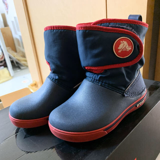 クロス(CROSS)のキッズ Crocs レインブーツ 暖かい 8C 15cm クロックス 冬 未使用(長靴/レインシューズ)