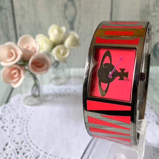 Vivienne Westwood - 【電池交換済み】 vivienne 腕時計 ボンドウォッチ ピンク バングルの通販