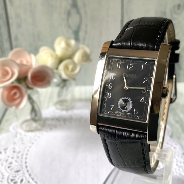 FENDI - 【美品】FENDI フェンディ 腕時計 7000G レクタンギュラの通販
