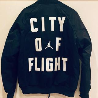ナイキ(NIKE)の【希少サイズL】Jordan city of flight(フライトジャケット)