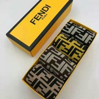 フェンディ(FENDI)のfendi 靴下(ソックス)