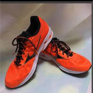 ミズノ(MIZUNO)の美品   MIZUNO  28センチ 運動靴(その他)