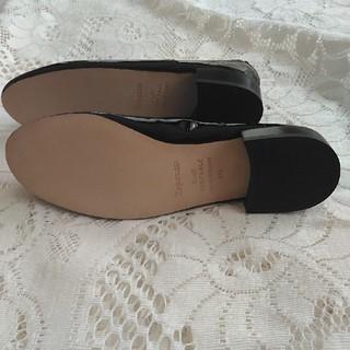 レペット(repetto)のレペット エナメルzizi (ローファー/革靴)