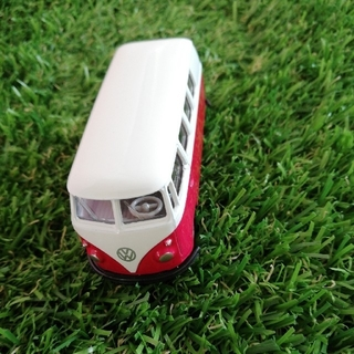 Volkswagen - 【新品】ワーゲンバス レッド