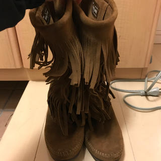 ロデオクラウンズ(RODEO CROWNS)の RODEO CROWNS  MINNETONKA ブーツ(ブーツ)