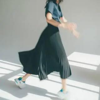 ハイク(HYKE)の未使用 hyke プリーツ スカート  2019aw(ロングスカート)