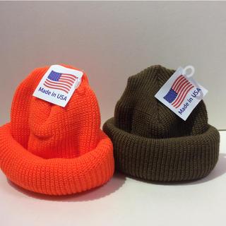 ロスコ(ROTHCO)のクルクルビーニー ロスコニット帽 コヨーテ&オレンジ(ニット帽/ビーニー)