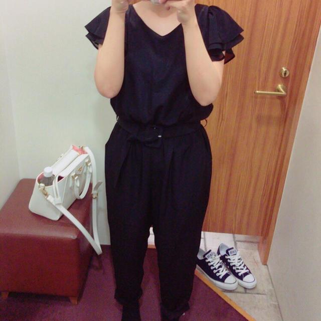 one after another NICE CLAUP(ワンアフターアナザーナイスクラップ)のNICE CLAUP ♡ ブラックオールインワン レディースのパンツ(オールインワン)の商品写真