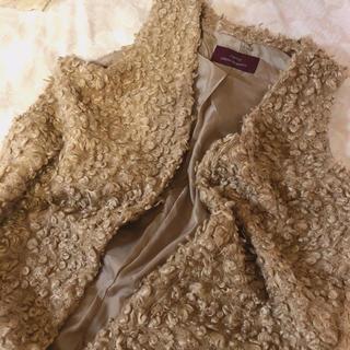 ロキエ(Lochie)のcurl fur vest(毛皮/ファーコート)