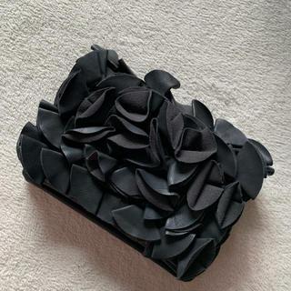ZARA - クラッチバッグ♡黒フリル♡結婚式、キャバなど