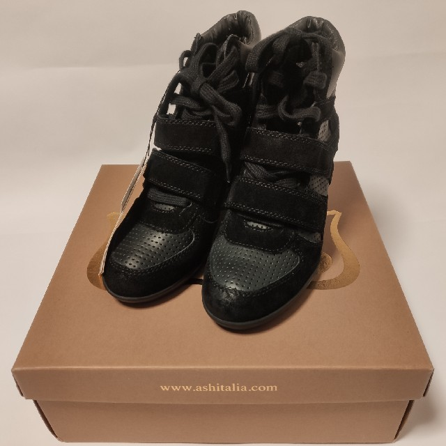 ASH(アッシュ)のASH(ashitalia)  ショートブーツ ブーツ 靴 スニーカー 黒 レディースの靴/シューズ(スニーカー)の商品写真