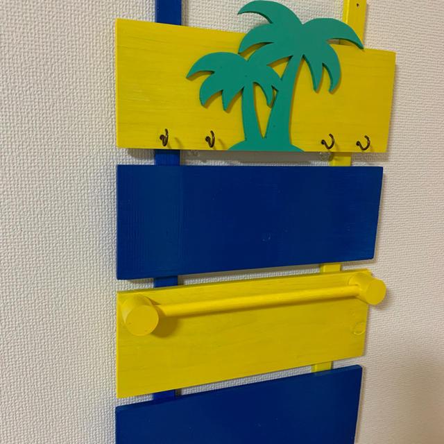 どこかでみたことある色の壁掛けラック#ハンドメイド ハンドメイドのインテリア/家具(インテリア雑貨)の商品写真