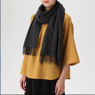 新品   無印良品  カシミヤ平織りストール ダークグレー 黒 マフラー